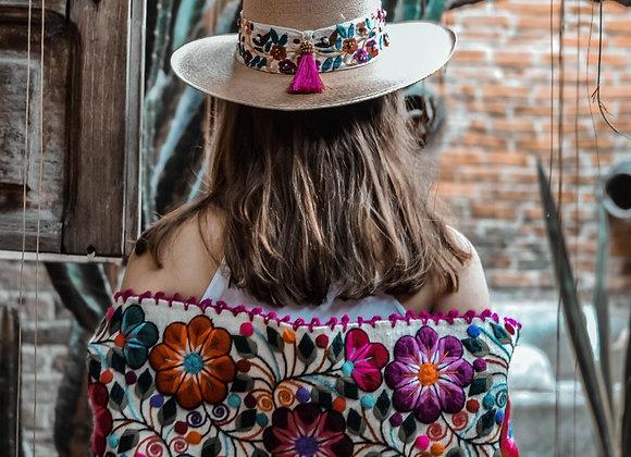 Chica Sombrero