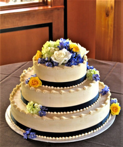 Blue and yellow cake 2 (2)