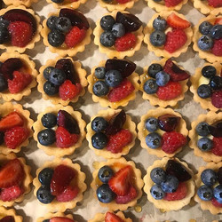 Fruit tarts for tomorrow's wedding!_#sum