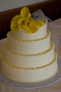Yellow Calla Cake