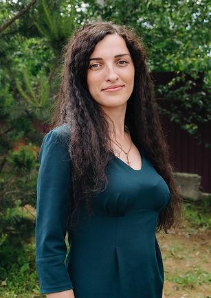 Олена Кадар.jpg