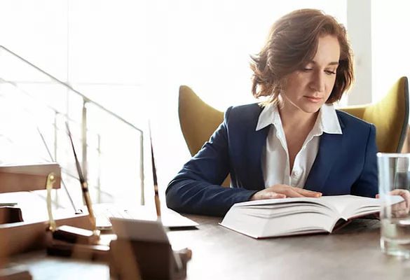 Top 10 Tips To Prepare for an In-Person Employment Lawyer Consultation
