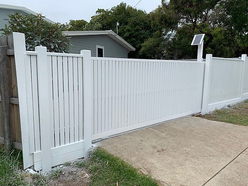Feature Fence- Dromana.jpg