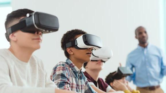 A interação das pessoas agora e no futuro - Realidade aumentada, virtual e mista