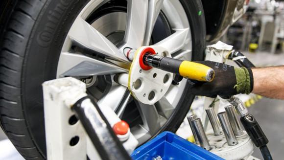 Volkswagen Autoeuropa: Maximizando a eficiência da produção com ferramentas, gabaritos e acessórios