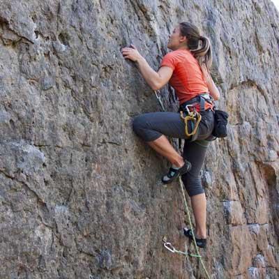 img-Damzelfly-Rock-Climbing-woman-400x40