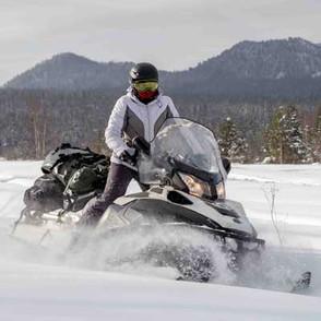 img-Damzelfly-Snowmobile-woman--400x400-