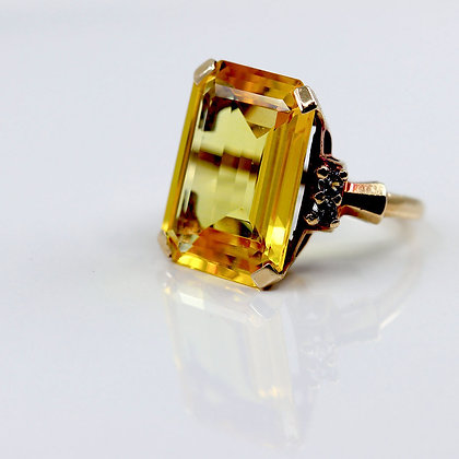 Vintage Synth Yellow Sapphire Ring