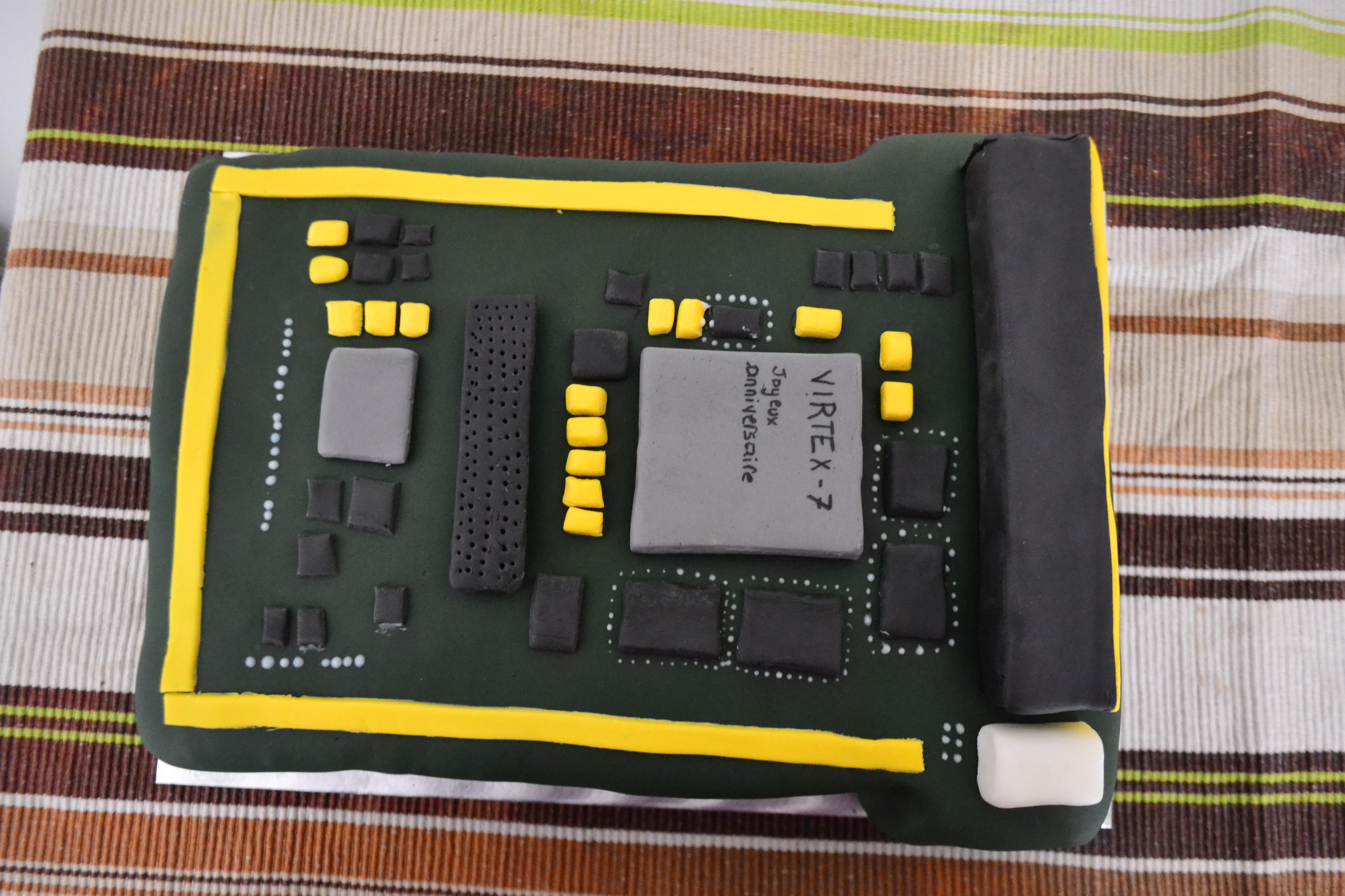 Carte électronique 3D Cake