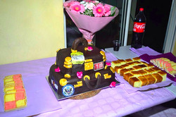 Suitcase 3D cake.jpg