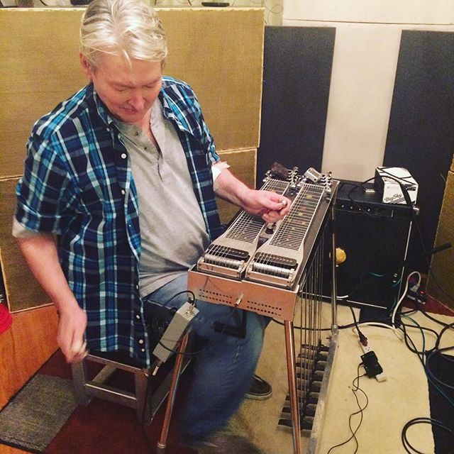 Steve McClure (#garthbrooks) laying down some steel for the new _stevegriggsband album! lots of grea