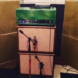 Re-amping guitars for the _stevegriggsband project! #customamp #fender #bassman #marshall #vox #gret