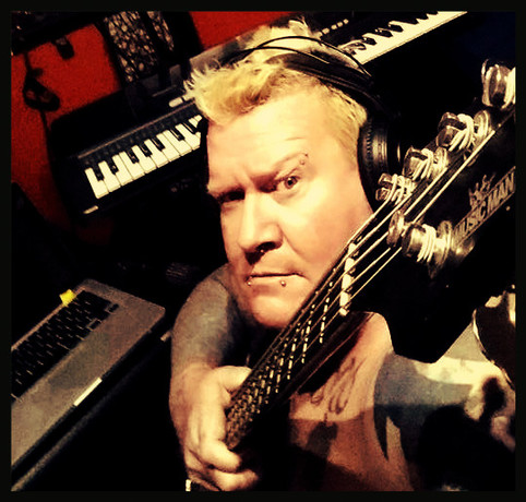 Rob 'Pigsy' Spencer hits the studio with 'That Rock Guy' - lays down bass tracks for