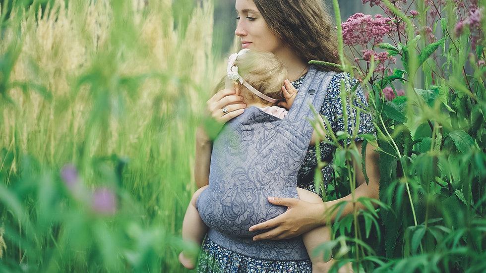 Mokosh wrap Lace Roses Sídhe. Baby carrier