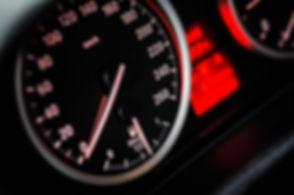 speedometer-gauge-reading-at-zero-104836