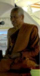 พระอาจารย์บุญมี ธัมมรโต แสดงพระธรรมเทศนาในงานสมโภชฉลองพระมหาเจดีย์ศรีแสงธรรมวิสุทธิมงคล เป็นรูปที่๒