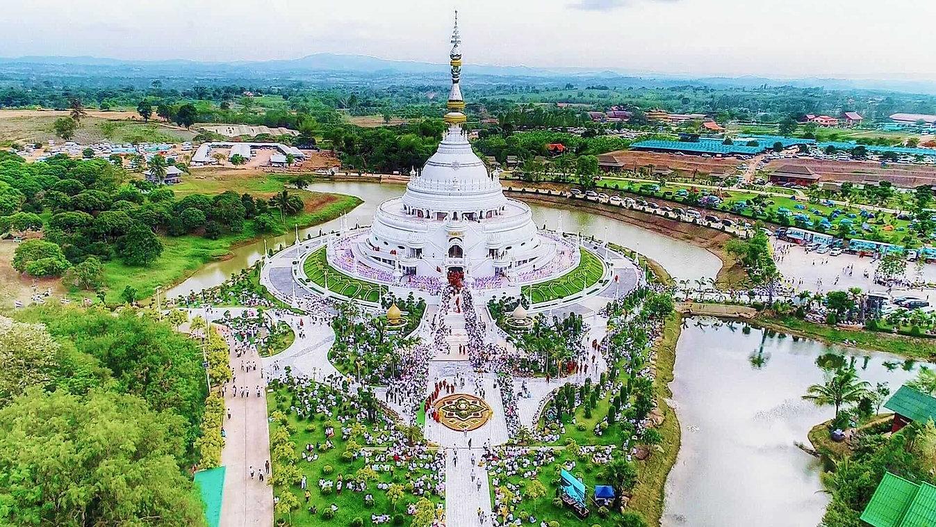 泰国法光寺圣洁法光佛塔