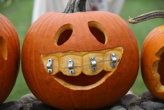 PumpkinCarving07.jpg