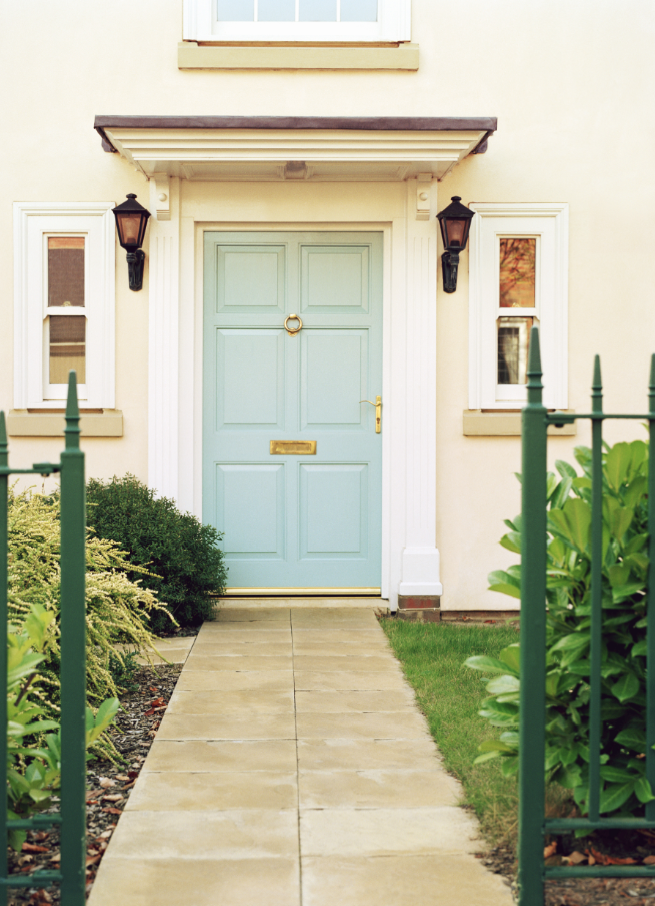 3. LETTING YOUR ENTRYWAY LANGUISH