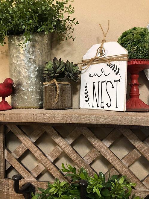 White Mini Our Nest Shelf SItter