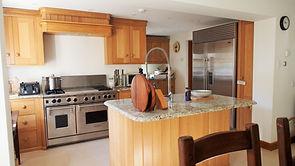 MADAME IRIS SARK - Kitchen