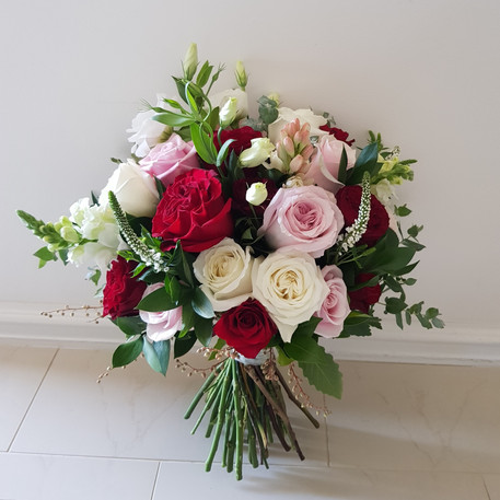 Bridal bouquet... assorted roses