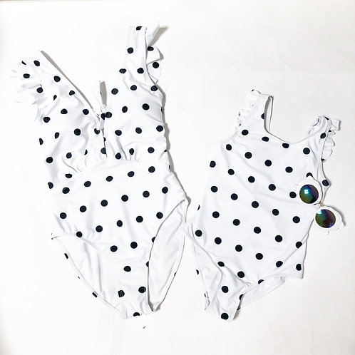 Dots onepiece suits ( white/orange)