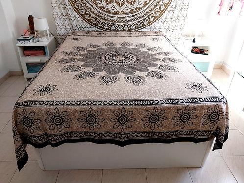 Cubre cama Mandala Beige