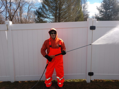 Delaware Pressure Washing-Tips for Pressure Washing A Fence