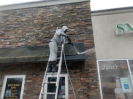 """<img src=""""roof washing.png"""" alt=""""washing roof for ommercial salon in wilmington"""">"""