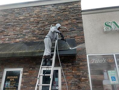 "<img src=""roofpressurewashing.jpeg"" alt=""Pressure Washing roof for Delaware business "">"