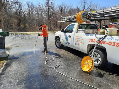 WHY Property Manager Should Hire A Power Washing Company In Delaware