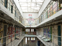 Private Prisons Hide In Politicians' Stock Holdings