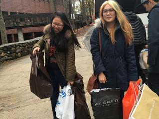 Shopping Fanatics on Black Friday