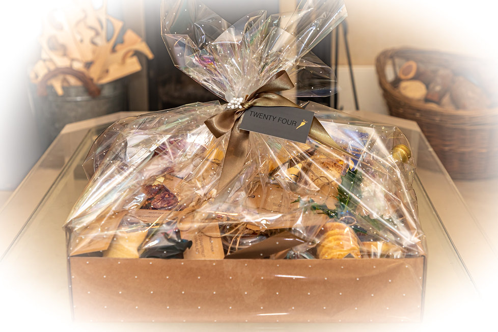 Chritmas Hamper.jpg