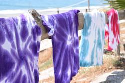 magliette colorate al mare
