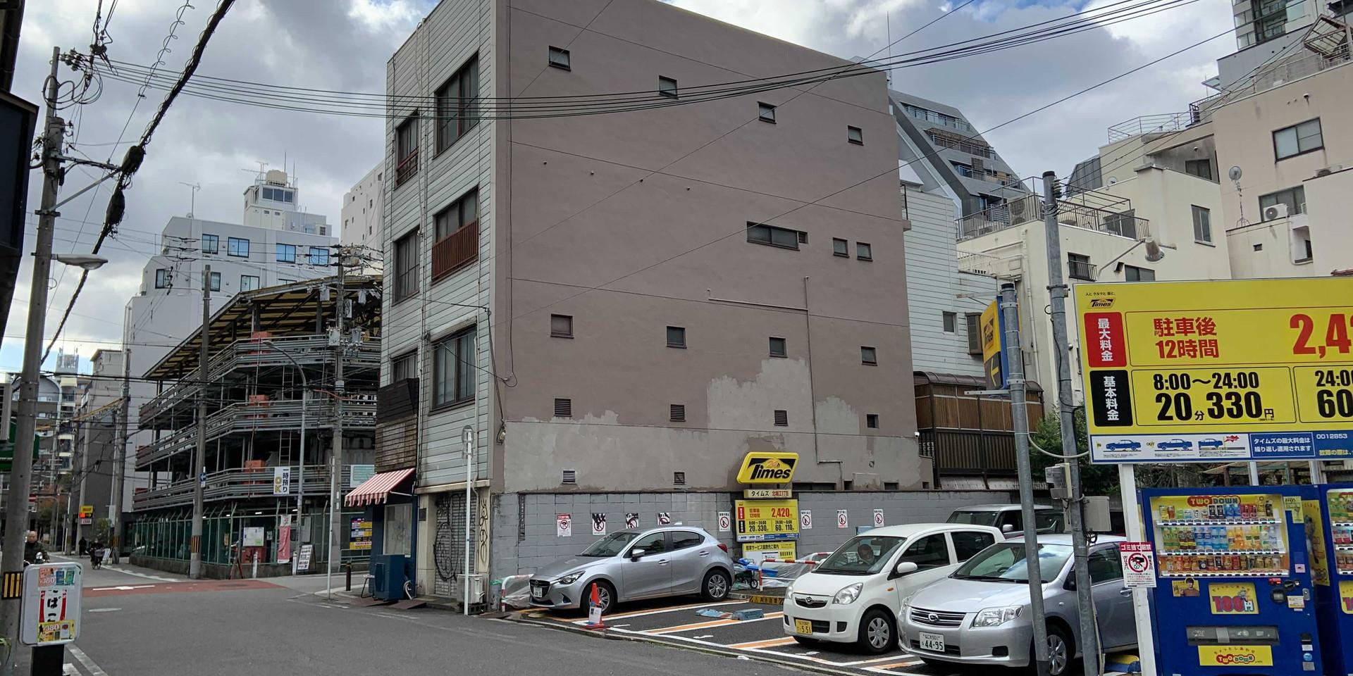 大阪/堀江エリアWALL