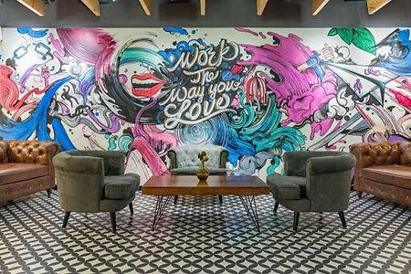 室内の空間デザインにも!ウォールアート制作は大阪市のWALL SHARE