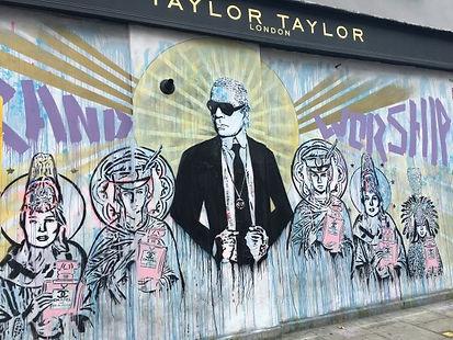 大阪市で広告用壁画アートの制作ならWALL SHARE
