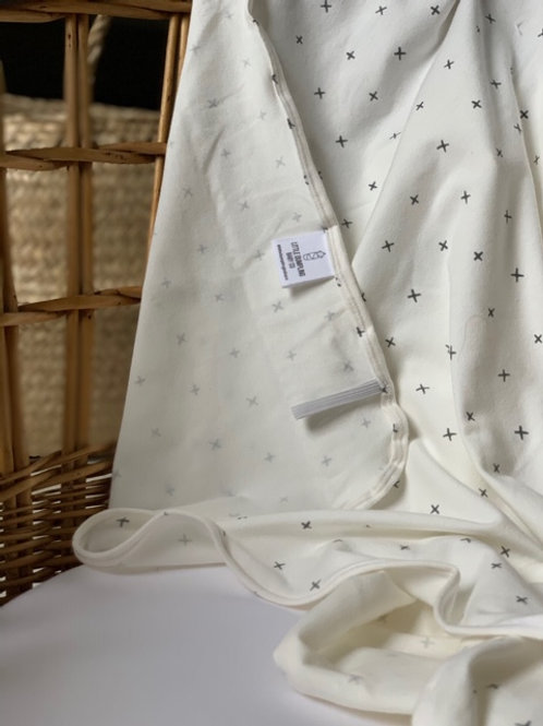 The Essential Swaddle (Cross my Heart)