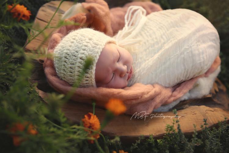Outdoor Newborn Sessions