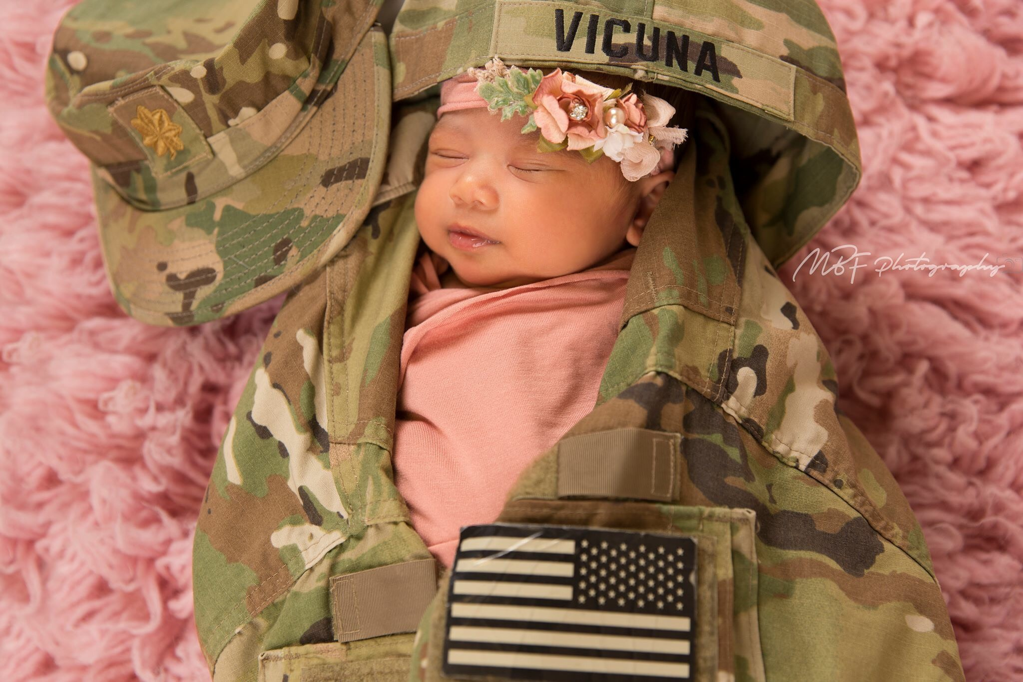 newborn photographer in Las Vegas