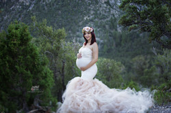 Maternity photos Las Vegas photographer