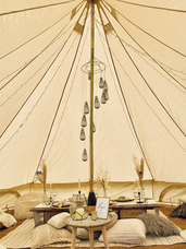 Apres Ski chill out tent + picnic table