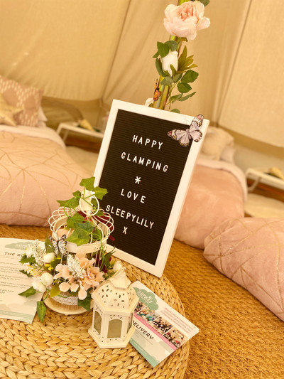 Happy glamping