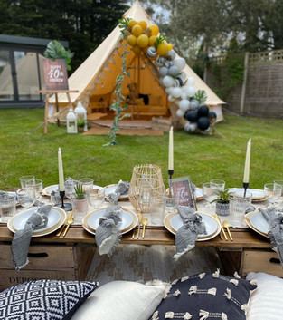 Tribal chill out tent + picnic