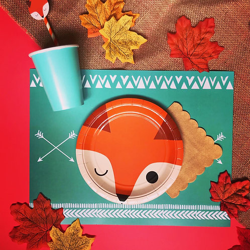 FOX WOODLAND PARTY BOX - DELUXE