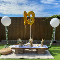 Luxe picnic - white + gold