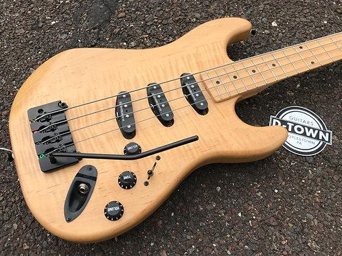 Dear John D-Town Guitars S Type Tremelo Bass Laminated Maple Ash Hipshot