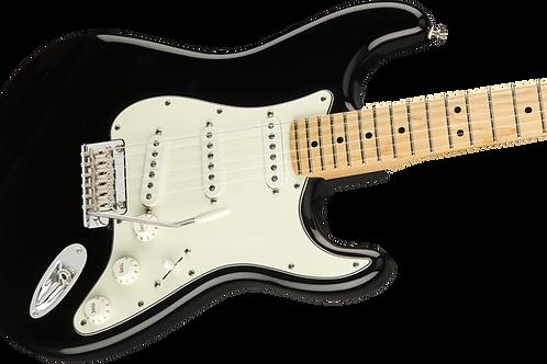 Fender Player Stratocaster Maple Fingerboard Black